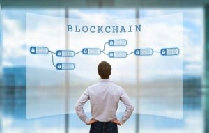 Experts: blockchain adoption needs streamlining the current IT systems